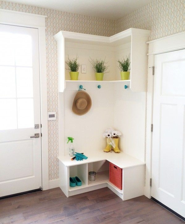 Corner Entryway Bench | Interesting Ideas for Home