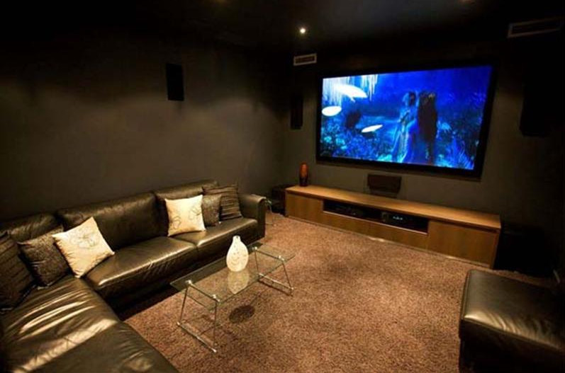 Small media room furniture interesting ideas for home for Furniture for media room
