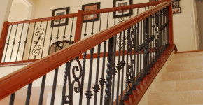 wood and iron stair railing
