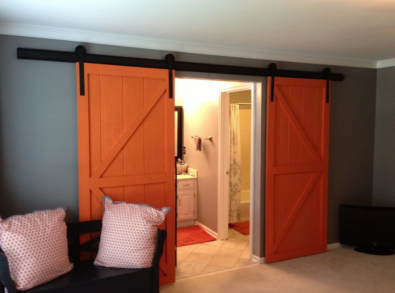 Barn sliding interior doors interesting ideas for home for Barn door interior doors