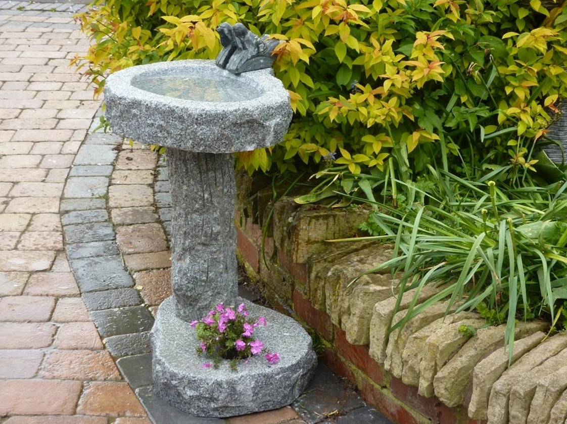 Bird Bath Pedestal Ideas 2