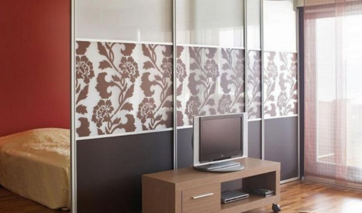Ceiling Mounted Room Dividers7