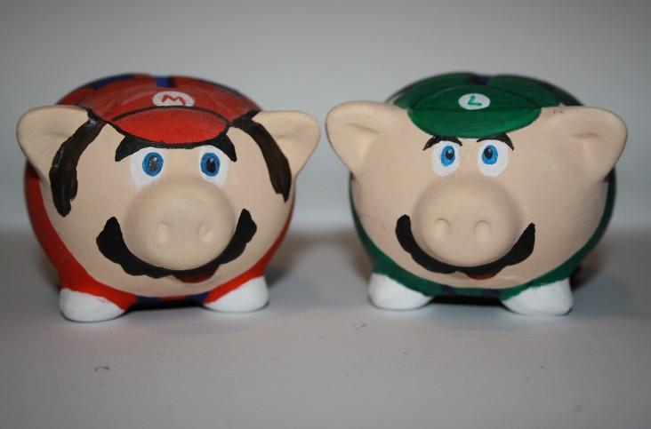 Ceramic Piggy Banks to Paint  4