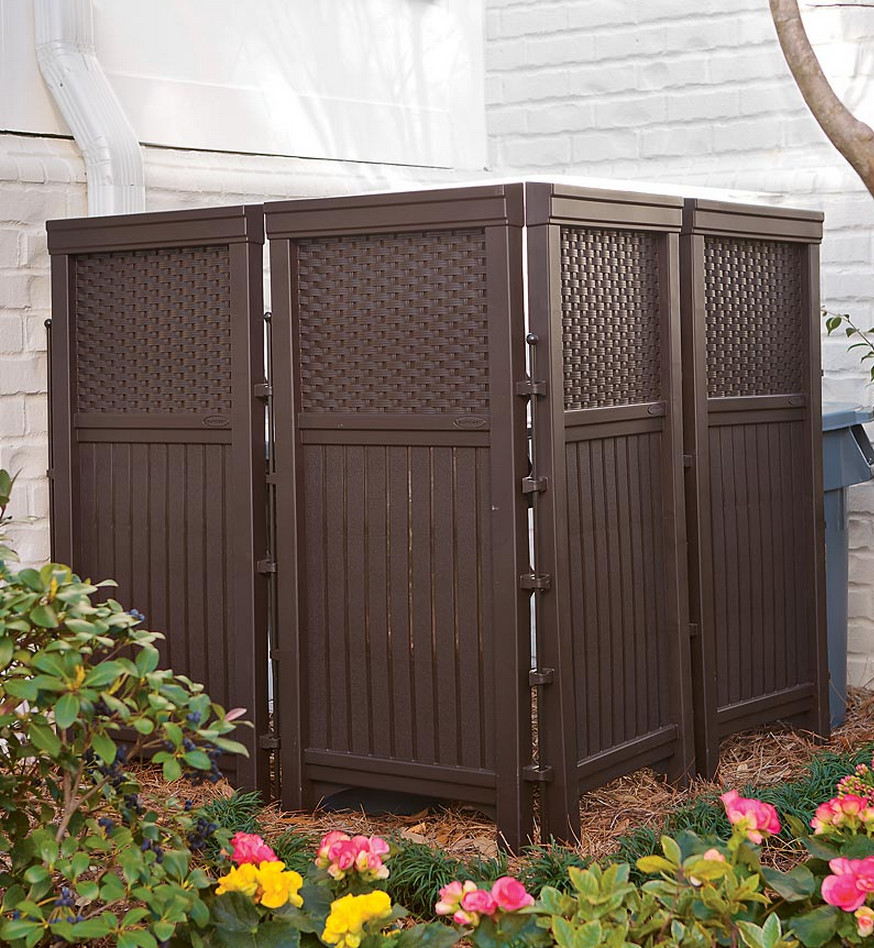 Privacy: Free Standing Privacy Screen