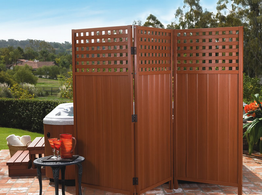 Free standing privacy screen interesting ideas for home for Free standing hot tub deck