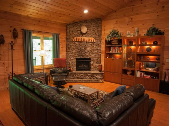 Interior log cabin paneling tips interesting ideas for home for Small log cabin interior design ideas