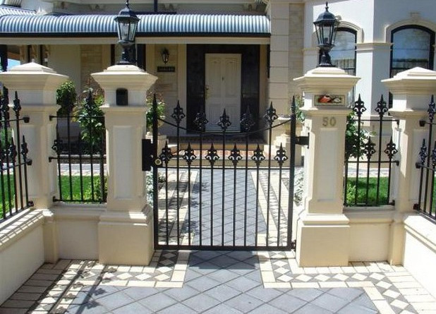 Iron Gates and Fences Designs  4