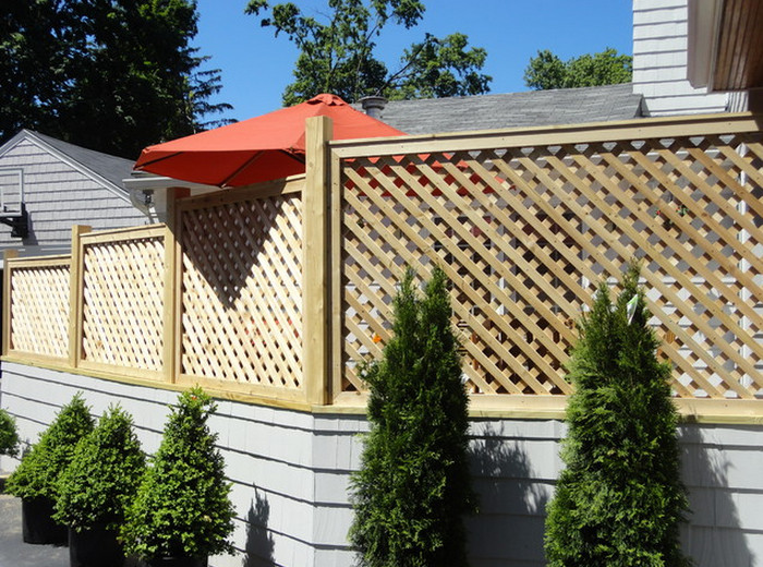 Lattice Privacy Screen for Deck2