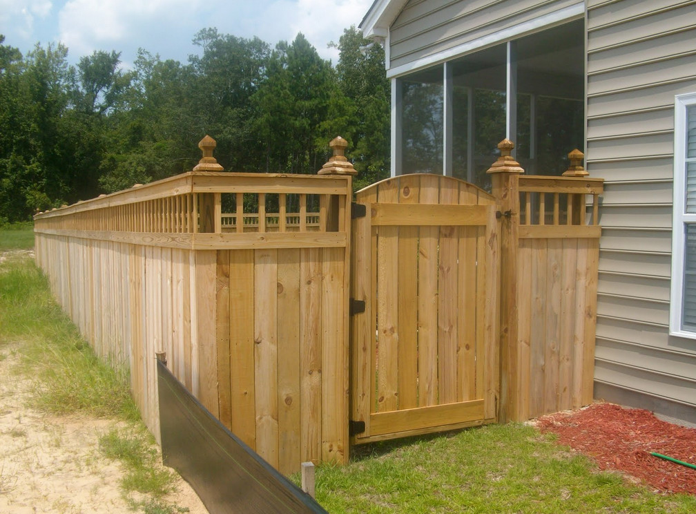 Wood Privacy Fence Gates  2