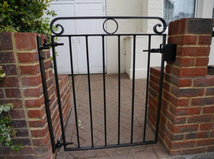 decorative iron gates designs 2